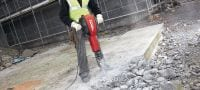 TE 3000-AVR demolition hammer Exceptionally powerful Hex 28 demolition hammer for heavy-duty concrete floor demolition Applications 1